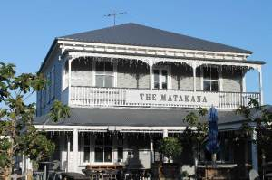 Matakana-Village-Pub
